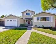 454 Queens Ct, Campbell image