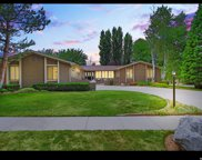 8066 S Top Of The World Dr, Cottonwood Heights image