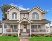 1914 Russell  St, Bellmore image