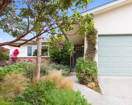 910 Beauford Pl, Pacific Grove
