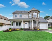 4 Marigold Ct, Holtsville image