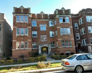 6521 North Bosworth Avenue, Chicago image