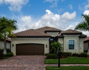 2786 Aviamar Cir, Naples image