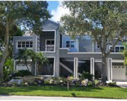 966 Point Seaside Drive, Crystal Beach image