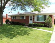 33826 BROOKSHIRE DR, Sterling Heights image