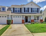 621 Abbey Village Circle, Midlothian image