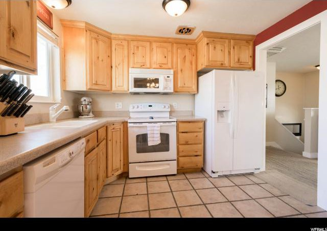 Knotty Alder Kitchen Cabinets Utah From