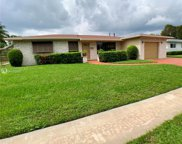 2310 Nw 84th Ter, Pembroke Pines image