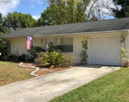 5503 Pine Circle Ne, St Petersburg image