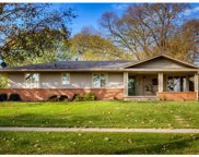 2812 Beverly Drive, Urbandale image