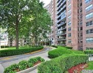 61-20 Grand Central Pky, Forest Hills image