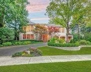 1040 Hubbard Place, Winnetka image