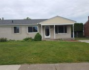 39165 University, Sterling Heights image