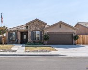 9443 Red Pine, Shafter image