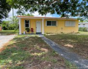3045 Nw 83rd Ter, Miami image
