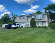 1 Gale  Court, Patchogue image