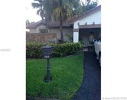 2315 Columbia, Weston image