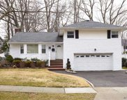 1372 Richmond Ct, East Meadow image