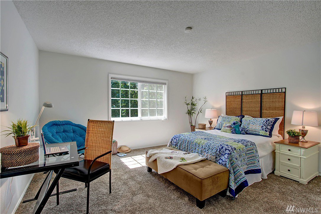 lighting for bedroom mls 1015723 12117 ne 150th st kirkland seattlehome 12117