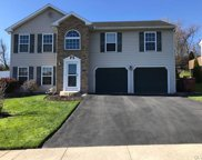 5037 Foxdale, Whitehall Township image