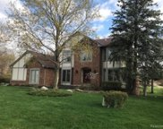3324 CHARLWOOD, Rochester Hills image