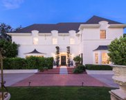 626 N CAMDEN Drive, Beverly Hills image