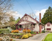 3914 SE 9TH  AVE, Portland image
