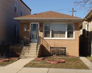 5830 West Giddings Street, Chicago image