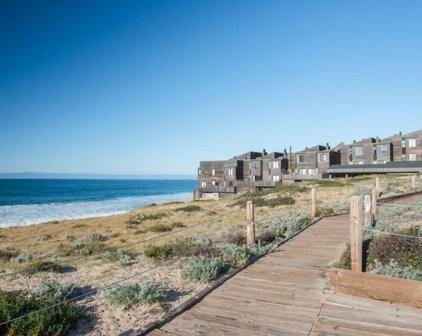 125 Surf Way 331, Monterey