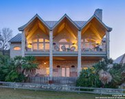 104 Tapatio Dr W, Boerne image