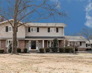 935 Claymark, Town and Country image