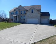 5281 Meadow Grove Drive, Grove City image