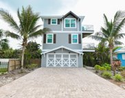 105 4th Street N, Bradenton Beach image