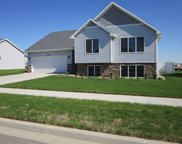 1545 Valley Bluffs Drive Se, Minot image