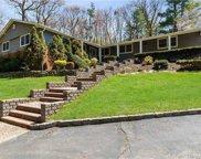 309 Lawn  Lane, Upper Brookville image