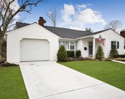 3592 anita Ln, Wantagh image