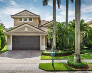 1830 Harbor View Cir, Weston image