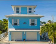 2216 Avenue C, Bradenton Beach image