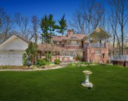 28 Barnfield Court, Upper Saddle River image