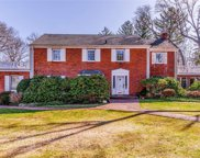 181 Country Club  Drive, Manhasset image