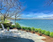 39 Shore Dr, Huntington Bay image