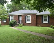 633 Albany Dr, Hermitage image