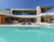 1251 Shadow Hill Way, Beverly Hills image
