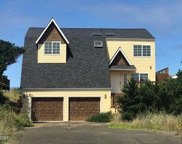 1402 Oceania Dr Nw, Waldport image
