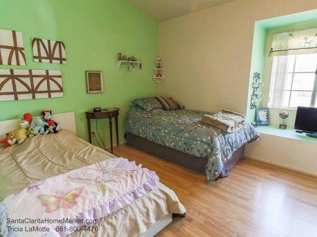 20434 Kesley St Santa Clarita CA 91351