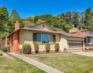 415 Madison Ave, San Bruno image