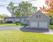 403 Roslyn Road, Barrington image