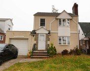 171-11 67th Ave, Fresh Meadows image