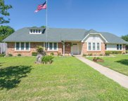 2940 Flamingo Circle, Southlake image