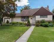 11 Lincoln Blvd, Bethpage image